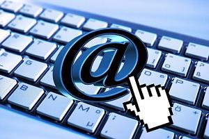 On-line, nebo online?