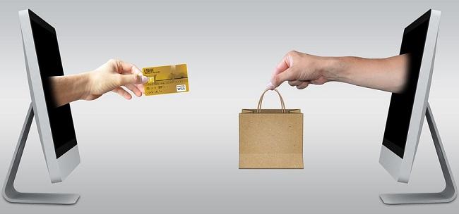 Internetový obchod = e-shop, nebo eshop?