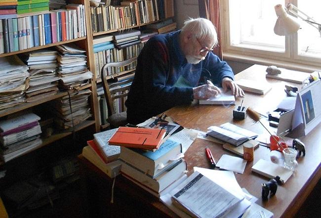 Jaroslav Med – literární historik, kritik, pedagog a spisovatel