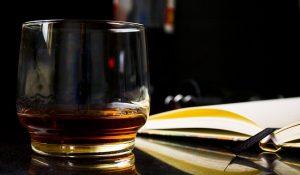 Jak vznikly názvy tvrdého alkoholu?