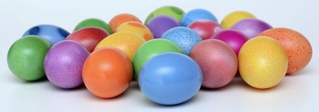 Velikonoční vajíčka (přídavné jméno zde píšeme s malým počátečním písmenem)