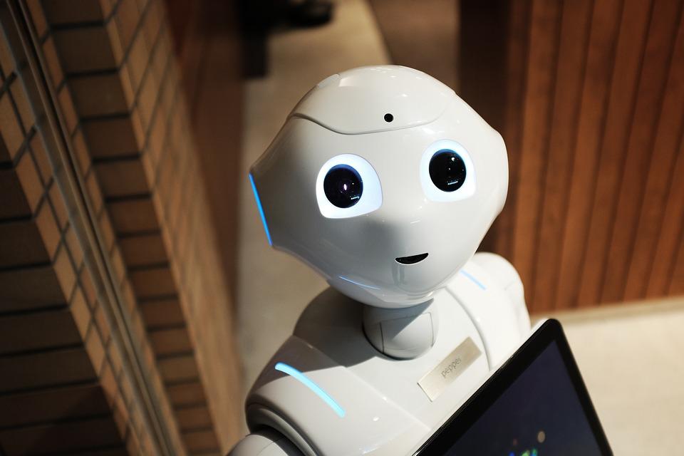 Robot – slovo, které se poprvé objevilo v dramatu Karla Čapka R. U. R.
