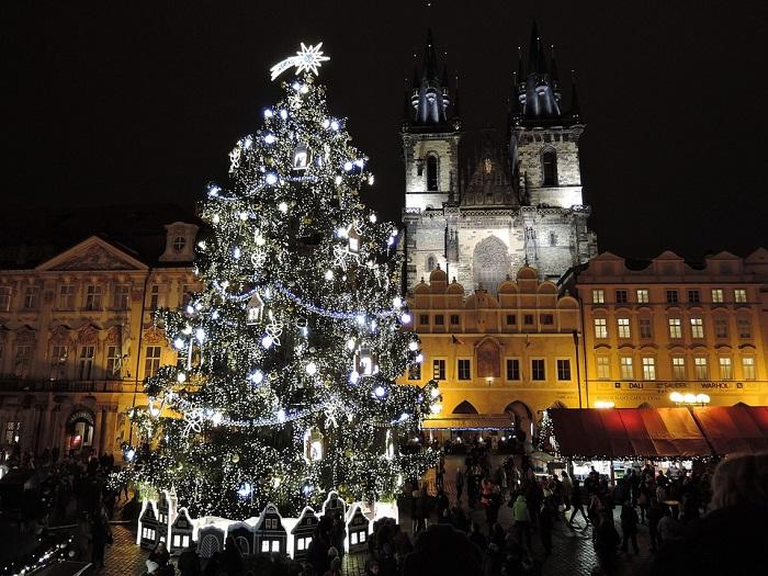 Zlatá neděle v Praze