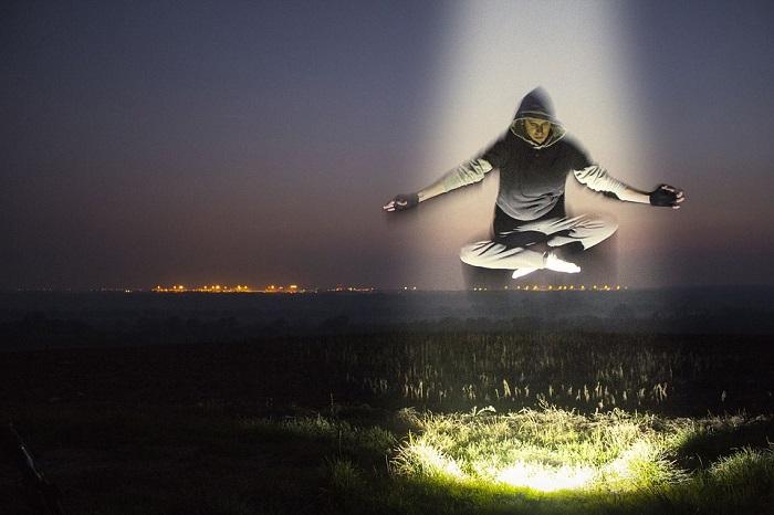Domnělá, nebo skutečná levitace?